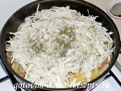 овощное рагу с мясом, картошкой и капустой 13