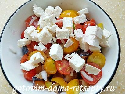 салат с брынзой и помидорами рецепт с фото 16